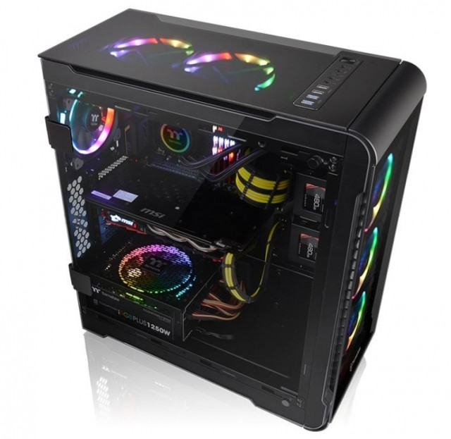 Thermaltake View 32 Tempered Glass RGB Edition