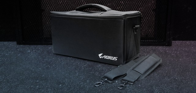 GIGABYTE AORUS RTX 2080 Ti GAMING BOX