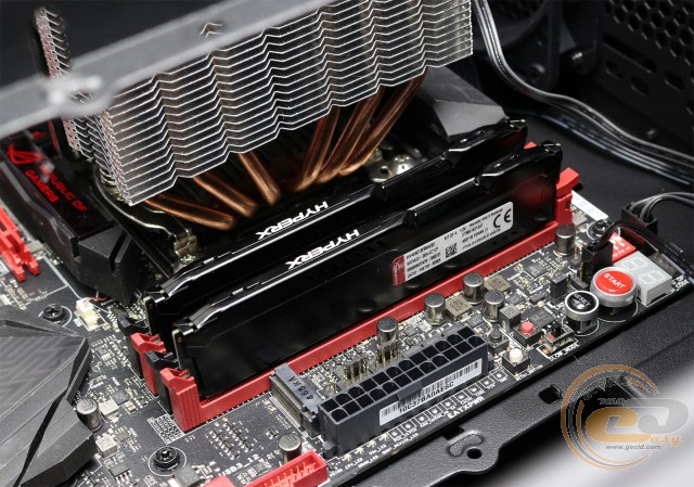 DDR4-2400 Kingston HyperX FURY HX424C15FBK4/32